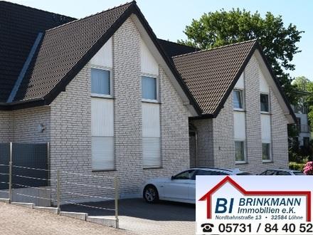 Bünde-Ennigloh - Schicke, gut geschnittene 4 Zimmer-Wohnung über 2 Ebenen mit Südbalkon und Garage!