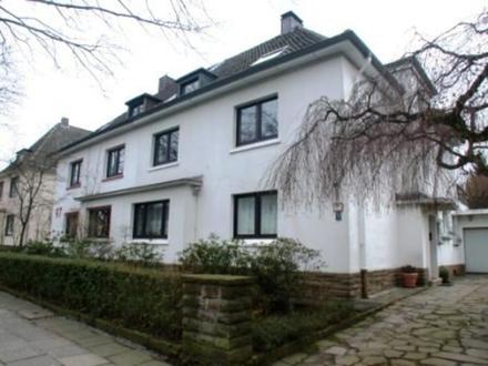 Helle geräumige Dachgeschoss-Wohnung mit Galerie in Dortmund Ost