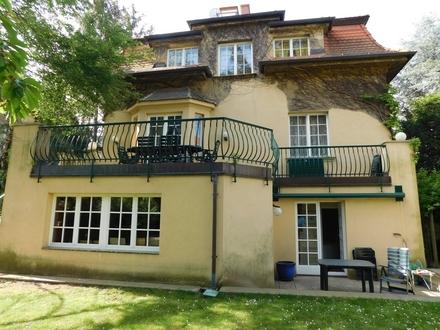 Herrenhaus mit Geschichte in Toplage