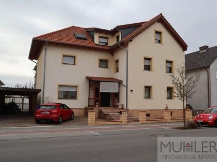 Großzügig Wohnen auf 300 m² plus Bauplatz in beliebter Lage