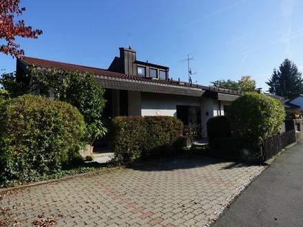 Schicke 2-Zimmer-Wohnung mit Balkon in Coburg, Ölberg
