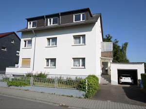 3-Fam.-Haus in ruhiger Lage von Taunusstein-Bleidenstadt