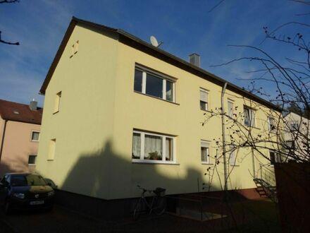 SOFORT freie 4 2 qm GARTEN Wohnung inkl. EINBAUKÜCHE und neuwertiger Renovierung aus 2015