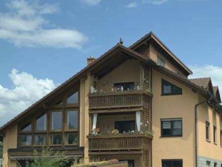 1-2 Familienhaus mit DoppelGarage, 3 Bäder, 2 Balkone, abgeschlossene Wohneinheiten