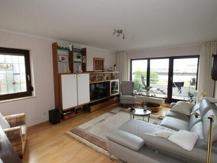 3-Zimmer-Whg. mit großem Balkon und Weserblick!