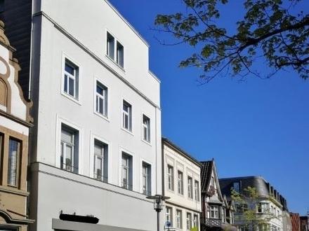 Wohn- und Geschäftshaus in 1A-Lage, mitten in der Fußgängerzone von Detmold!