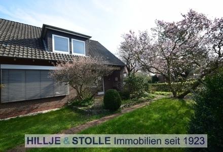 Klassisches Einfamilienhaus mit Garten und Garage in herrlicher Lage OL - Haarenniederung!