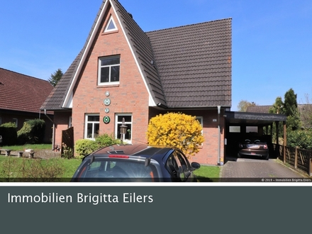 Ab 01.11.: Modernes Familienhaus direkt gegenüber dem Etelser Schlosspark!