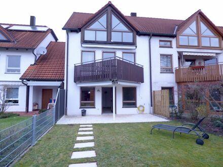 SOFORT freie 1 6 0 qm DOPPEL- HAUS- HÄLFTE in BESTER Wohnlage mit 2 Bäder und Spielgarten