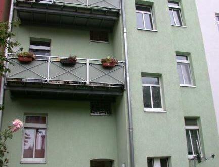 +++ 3 Raumwohnung mit Balkon im 1. OG +++