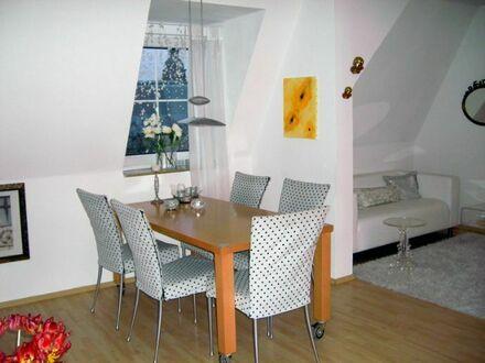 Mitten in der City - Wunderschöne 3-Zi.-Wohnung in repräsentativem Altbau...