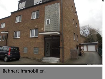 Stadtnah...! Gepflegtes Dreifamilienhaus mit Bürofläche im Untergeschoss in Recklinghausen