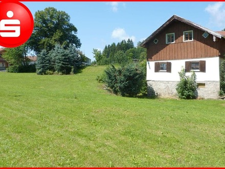 Großzügiges Grundstück mit Altbestand bei Zwiesel