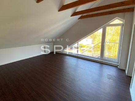 Moderne Dachgeschoss-Wohnung mit Balkon in Ofen