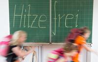Hitzefrei: Wer passt auf die Kinder auf?