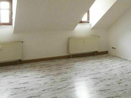 Dachgeschoss kann soooo gemütlich sein. 3 Zimmer - Innenstadtlage