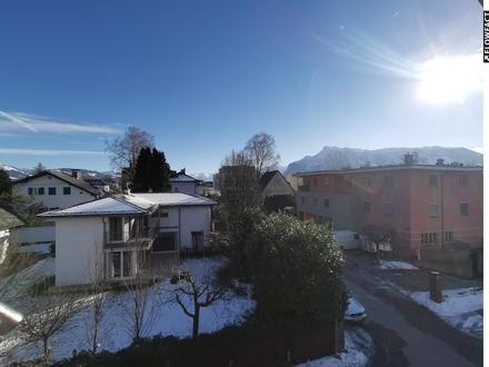 Attraktive Dachgeschoßwohnung - 2,5 Zimmer mit S Balkon und TG Platz - Maxglan