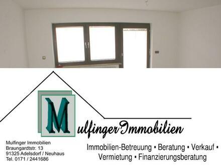 EBENERDIGE 2-Zi. Wohnung in Adelsdorf OT