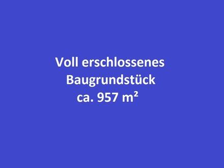 EBENERDIGES, VOLL ERSCHLOSSENES BAUGRUNDSTÜCK IN RUHIGER LAGE, CA. 957 M² GRUNDSTÜCKSFLÄCHE