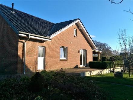 Hüllhorst–Schnathorst - Junges, modernes Einfamilienhaus in verkehrsgünstiger Lage!