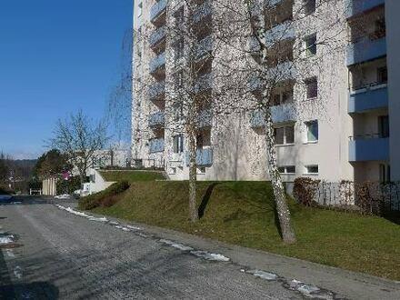 2 Zimmer-Wohnung mit Balkon in SZ-Bad