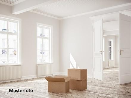 Zwangsversteigerung Wohnung, Hein-Möller-Weg in Hamburg