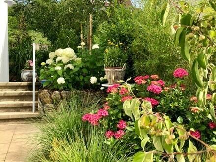 Neuwertige 2,5-Zimmer (möbliert) in EFH mit Garten für 6 Monate zur Zwischenmiete