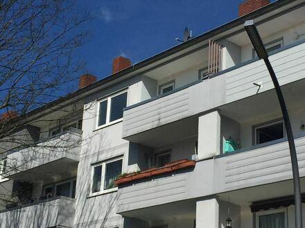 Schöne 3-Zimmer Wohnung in Köln-Bilderstöckchen mit Südbalkon zu vermieten