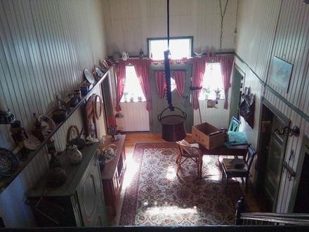 Bennigsen: denkmalgeschütztes Vierständerhaus auf großem Grundstück