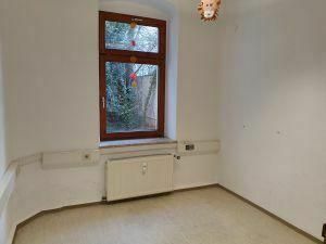 Zentrumslage 4-Zimmer-Eigentumswohnung in 07545 Gera (60 km von Leipzig)
