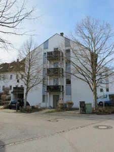 Kapitalanleger oder Eigenbedarf .schöne ruhige 6 Zimmer Wohnung über 3 Etagen mit großer Balkonterrasse und 2 Tiefgaragenplätze