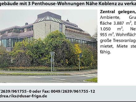 Bürogebäude mit 3 Penthouse-Wohnungen