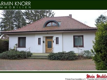 Wohnhaus mit Gartenpool in Bremen/ Stadtteil Huchting