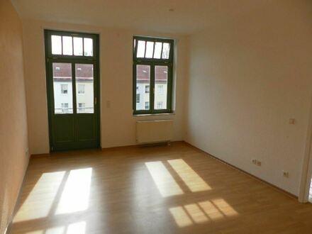 +++Sonnige Wohnung mit Westbalkon in guter Kaßberglage+++
