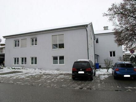 ...Kapitalanlage oder Eigenbedarf, 2.-Zi. Wohnung im 1. OG m. Balkon u. Stellplatz in Kastl
