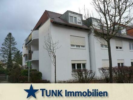 Kapitalanleger bevorzugt! 2 Zimmer- DG-Wohnung mit Süd-Balkon und Tiefgarage in Großkrotzenburg!