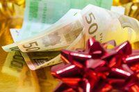 13. Gehalt: Muss der Arbeitgeber Weihnachtsgeld bezahlen?