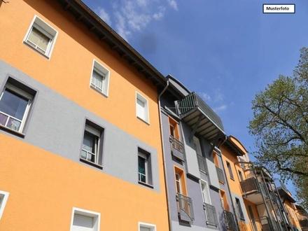 Zwangsversteigerung Mehrfamilienhaus in 89551 Königsbronn, Zanger Str.