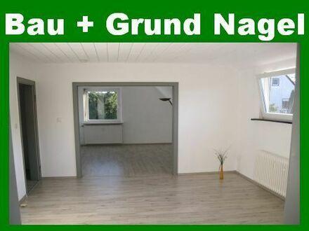 Provisionsfrei! Renovierte Etagenwohnung (1.Etage) mit Küchenmöbel im 2-FHaus in schöner Stadtrandlage