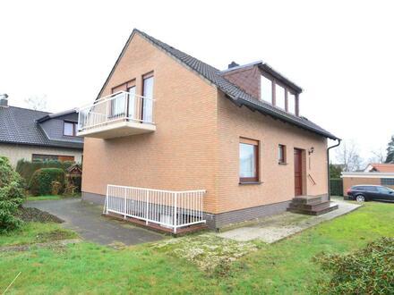 Großes Einfamilienhaus mit Vollkeller, Treppenlift und Garage in ruhiger Lage in Bremen-Farge-Rekum