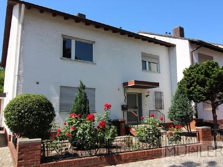 Großes 1-2 Familienhaus mit Garage und Stellplatz in Ludwigshafen Oggersheim