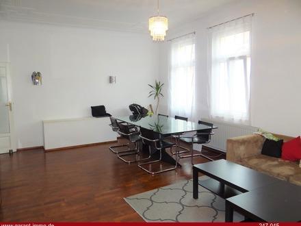 * Großzügige helle 3-Zimmer-Altbauwohnung mit Balkon im Jugendstilhaus Nähe Fürther Stadtpark *