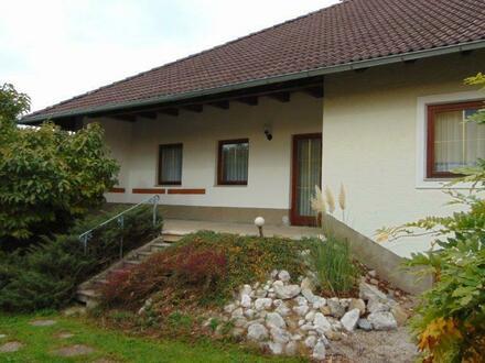 Idyllisches Einfamilienhaus mit großem ausbaufähigem Dachboden in Toplage Bürmoos/ Zehmemoos