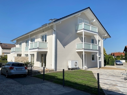 Niedrigenergiehaus A+, Erstbezug, EG-ETW mit exklusivem Hobbyraum (+30 m2)