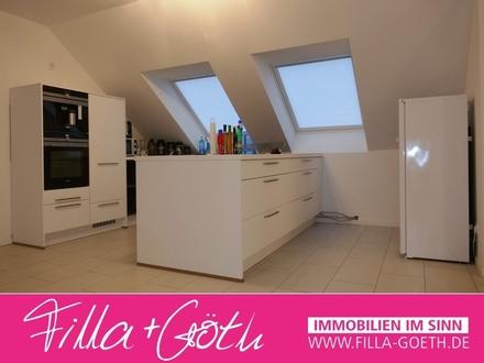 Moderne Dachgeschoss-Wohnung mit großer Dachterrasse - Nähe Mohns Park!