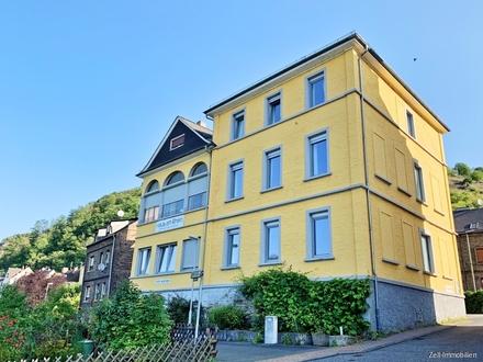 Schönes Mehrfamilienhaus mit Komfort-Ferienwohnungen und Rheinblick - 360 Grad-Besichtigungstour