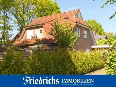 Geräumiges und gepflegtes Einfamilienhaus in naturnaher Wohngebietslage in Bad Zwischenahn-Rostrup