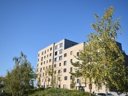 Wohnen am Wasser ! Großzügige Neubau-Wohnung mit gehobener Ausstattung und großzügiger Terrasse