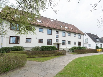 Modernisierte 4-Zimmer-Eigentumswohnung mit Einzelgrage