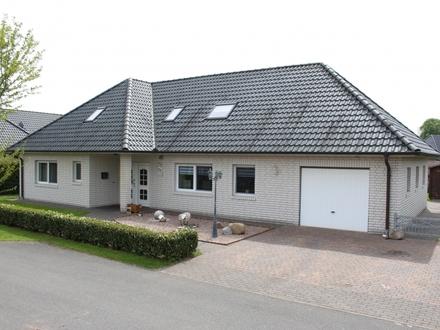 Wohnhaus in ruhiger Sackgassenlage mit Terrasse &.. !
